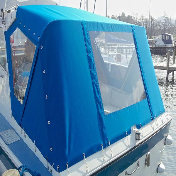 En kaleche imprægnering giver en flot kaleche på båden